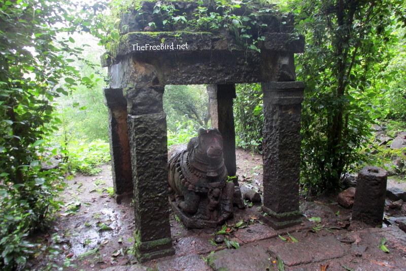 Nandi @ Rajapuri Caves