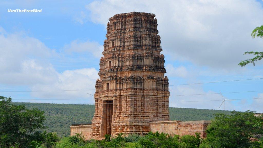 Things to see in Gandikota Madhavrayaswamy temple
